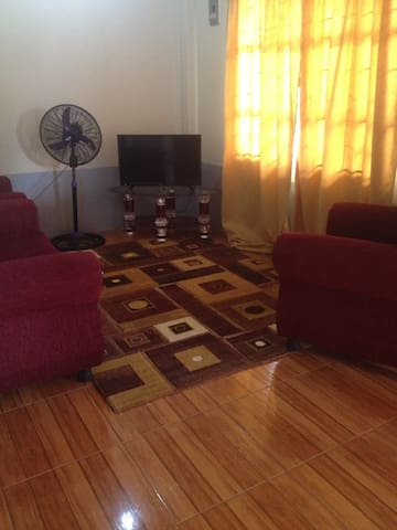 1 bedroom Mon Repos, ECD. 15 mins from Georgetown.