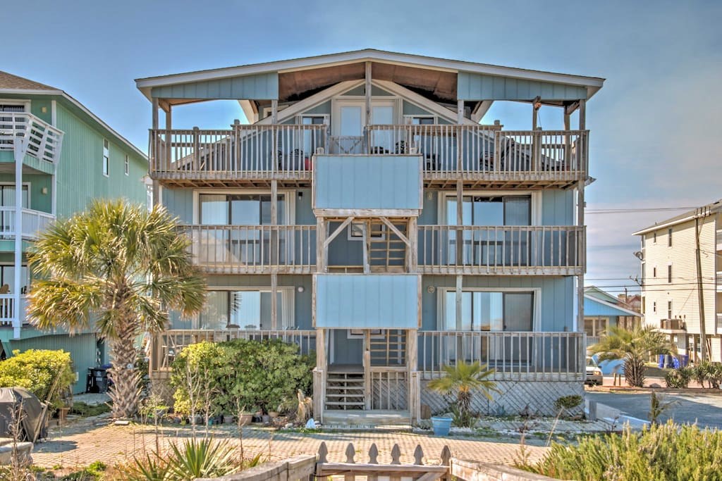 This 1-bedroom, 1-bath unit is steps from the beach with room for 4 guests.