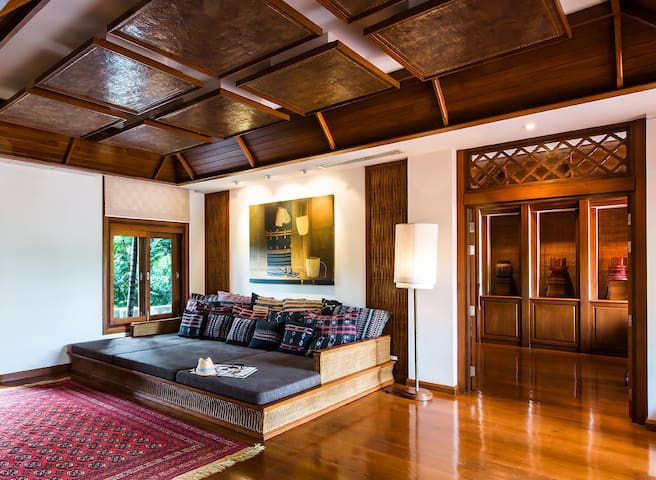 Contemporary Grand Suite in Chiang Mai!