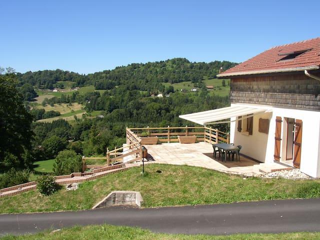 Petite maison proche La Bresse - au calme