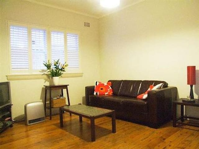 Renovated and spacious one bedroom flat