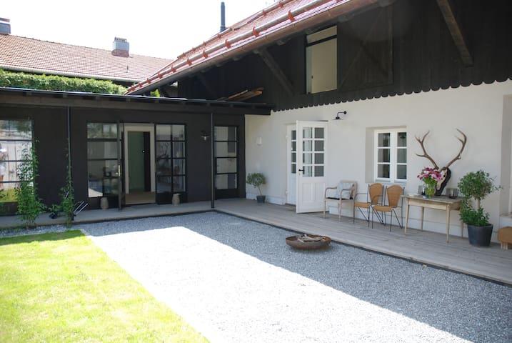 WASCHHAUS - Gästehaus in Grassau im Chiemgau (Z2)