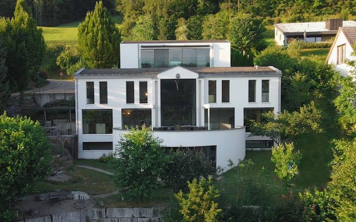 Die edle Villa