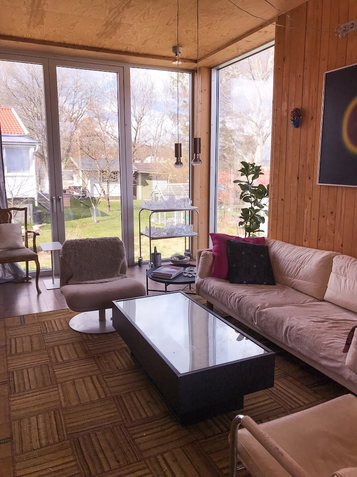 Cosy central villa close to Liseberg. (Gothia cup)