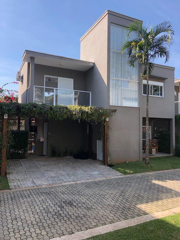 Casa de Praia Camburi - Condominio Fechado