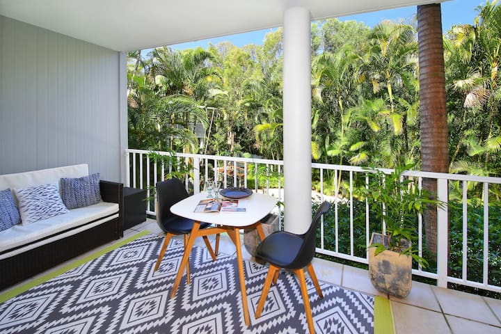 Serenity, style and space in tropical surrounds.