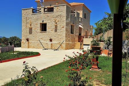 Stone villa with fantastic view !! - Αλυκών