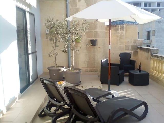 Sunset apartment Marsalforn Gozo