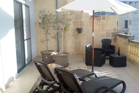 Sunset apartment Marsalforn Gozo