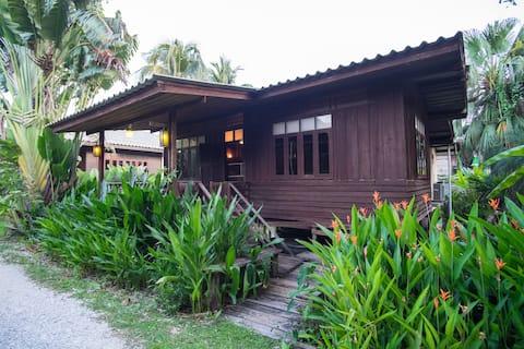Lotus Village: Family house