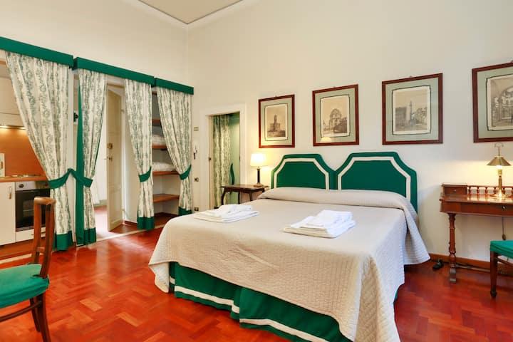 Lovely studio flat by Ponte Vecchio