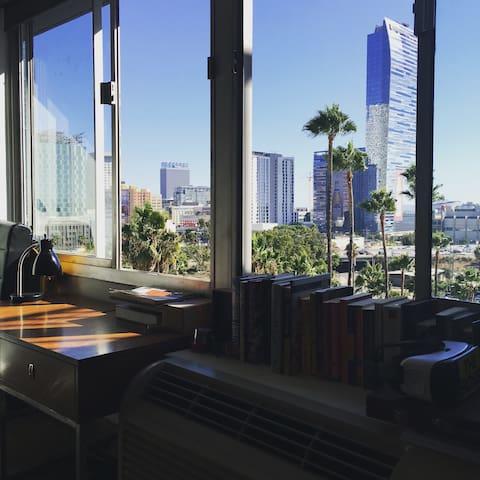 Downtown LA -  100% Walkability - Los Angeles