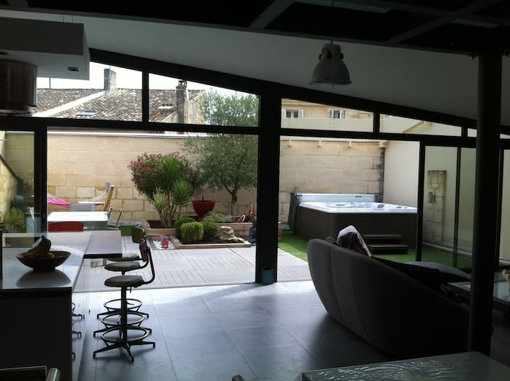 LOFT spa garage Libourne centre ville