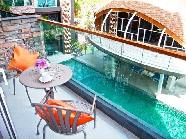 Pool View Emerald Patong