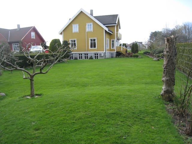 Beautiful location, next to Stavanger Golf course - Stavanger - Lejlighed