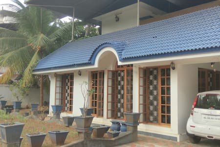 Shwetkiran - Thrissur - House
