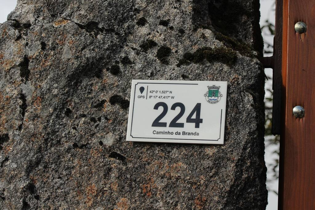Logotipo ou sinal da propriedade