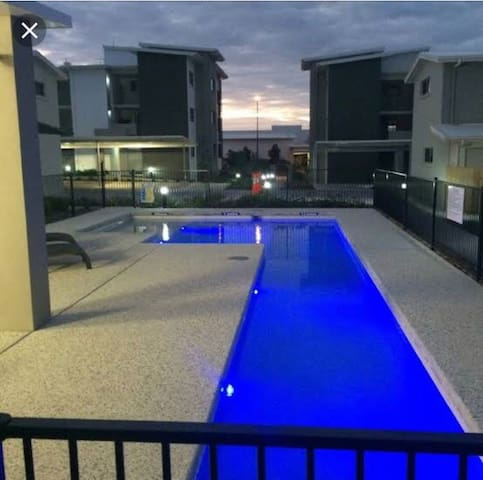 Brightwater beauty only 5 minutes to Mooloolaba