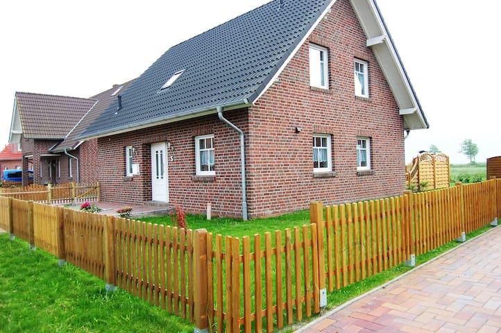 Ferienhaus Windrose - Krummhörn - House