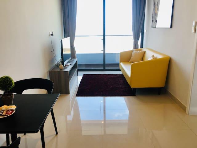 1BR Modern Apartment Fully Furnish & New