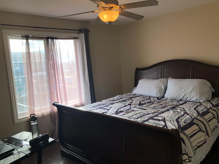 A King bed with en-suite closet and Bath for you