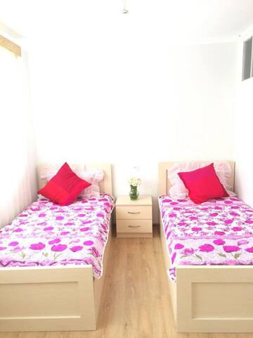 Guest House NATALI - Ghviara - Bed & Breakfast