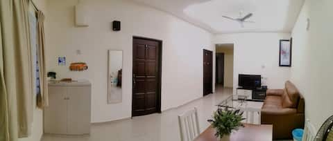 Rasah Jaya 2 ppl queenroom, Unifi, private parking
