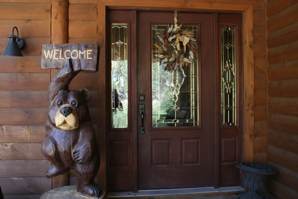 Welcome to Riverkern Lodge.  Come on in and have a peak around.