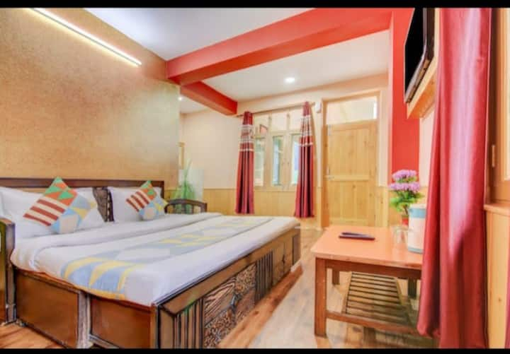 Anmol Village Hut - Family suite Room for 4 Adults