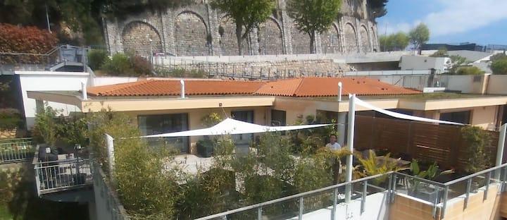 Luxury Penthouse/Villa on the Monaco border
