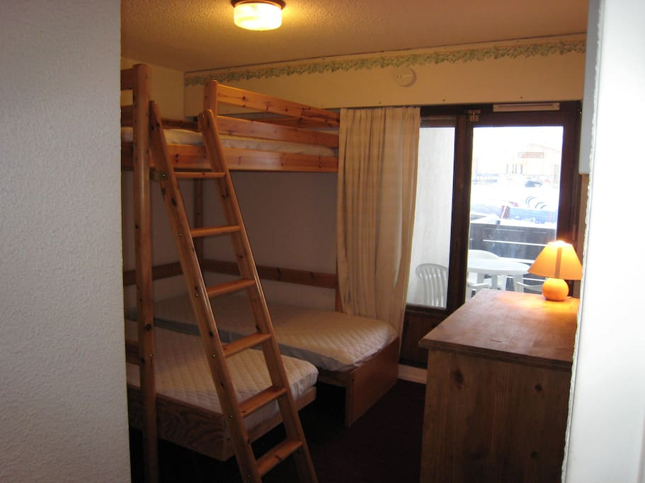Bedroom with Mezzanine double bed and 2 singles