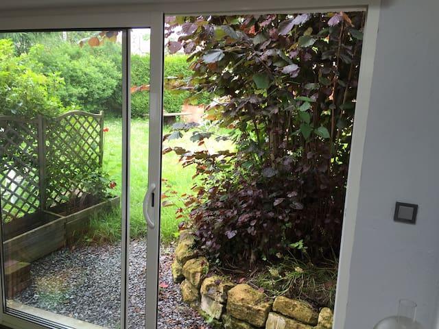 Studio Privatif dans Maison de Village avec Jardin - Précy-sur-Oise - House