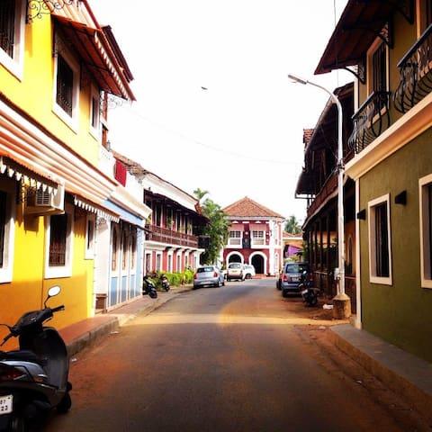 Fontainhas ( Goas latin quarter)