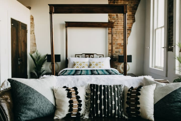 Master Suite | Couch & Bed