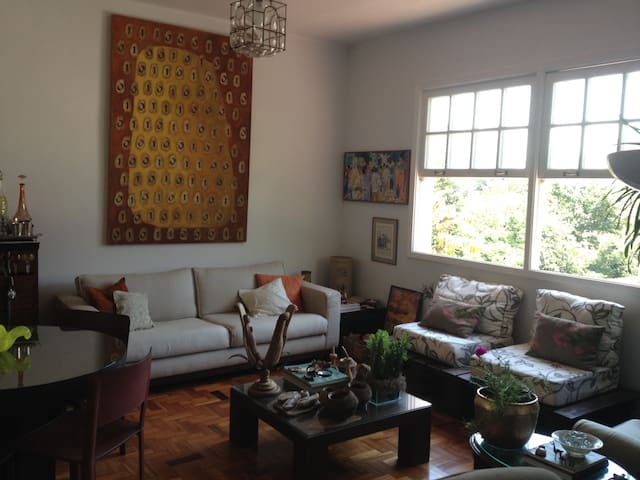 01 or 02 Bedrooms  in charming apartment  Humaitá
