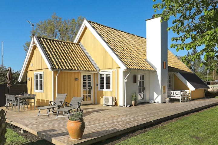 Traditional Holiday Home in Funen with Terrace