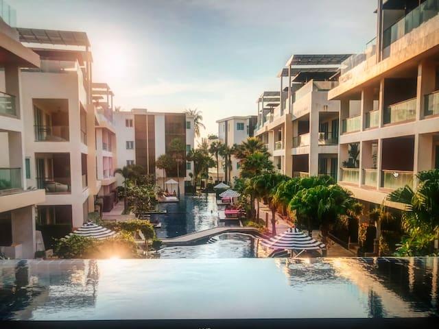 Luxury Sky Pool Suites Apart- Two Bedrooms, Krabi