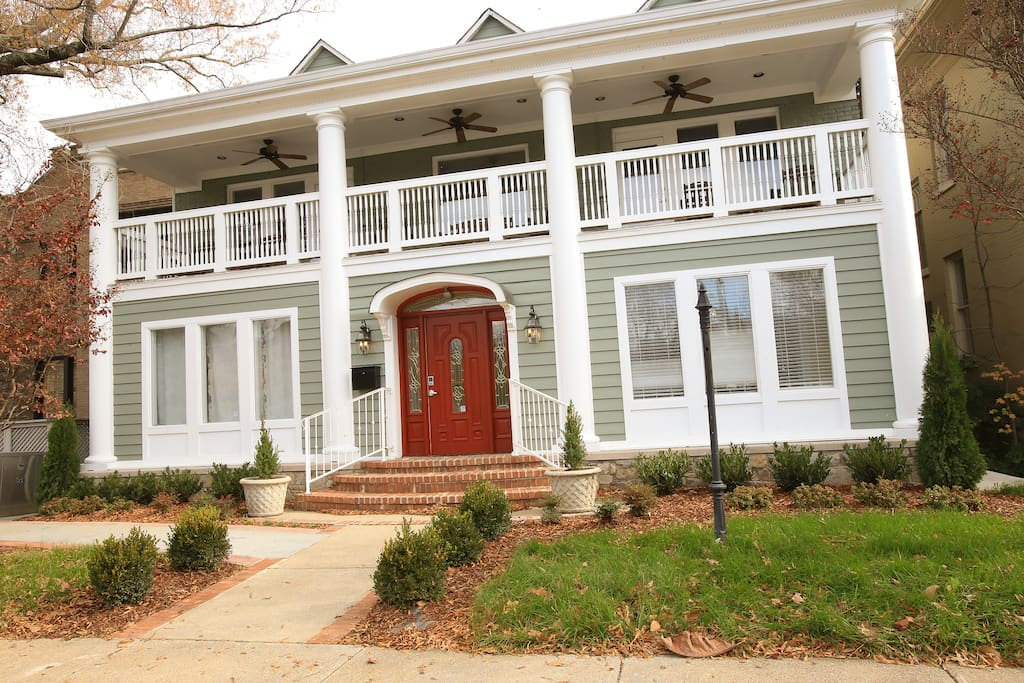 Music City Mansion Vacation Homes For Rent In Nashville