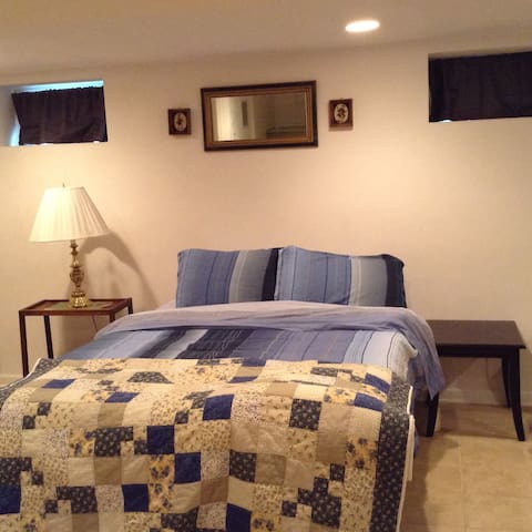 Apartment for Rent - Furnished - Roanoke - Apartment