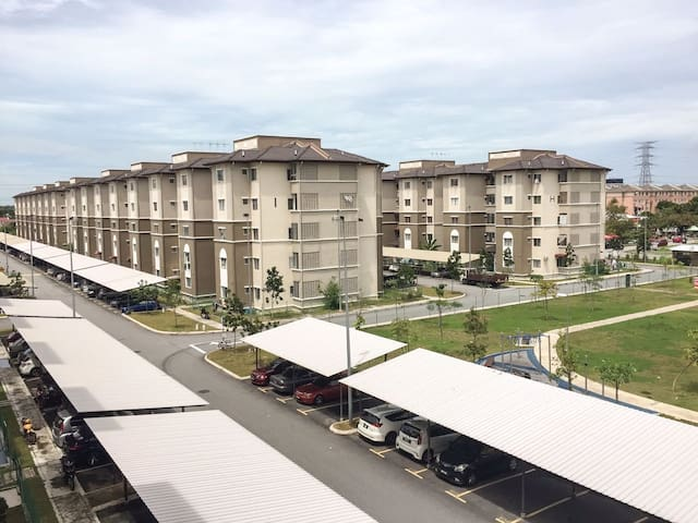 Akasia Apartment Homestay - Klang - Appartement