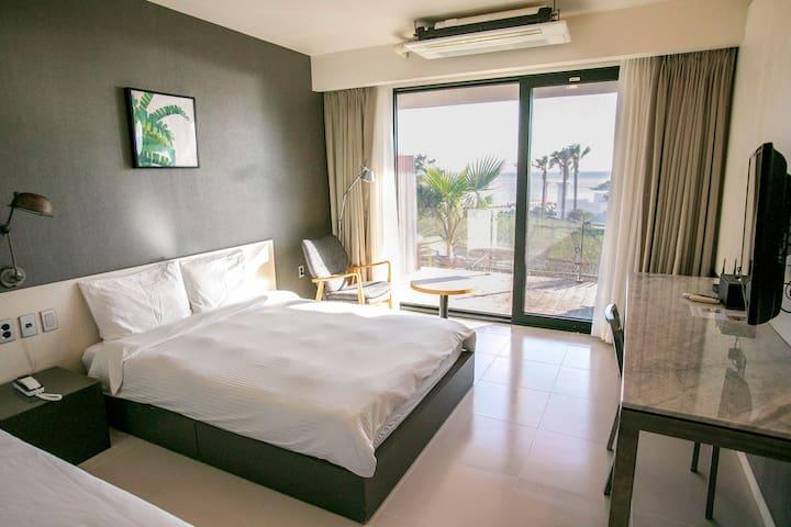 Ocean View Deluxe Room, Lareem