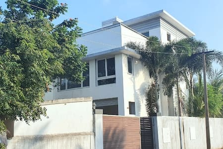 4BHK with Private indoorswimming pool and sea view