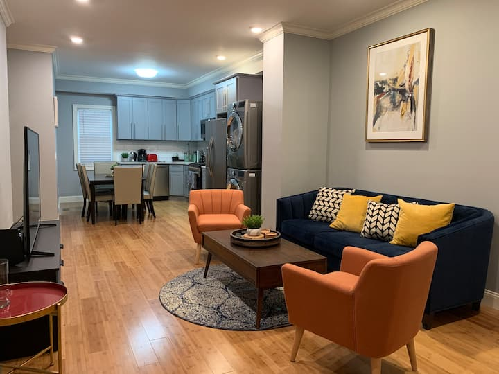 Elegant Scandinavian Cove 2BR/2BA near NYC