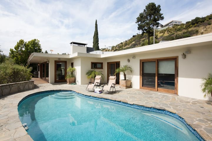 Hollywood Hills Private Retreat w/ Pool & Views