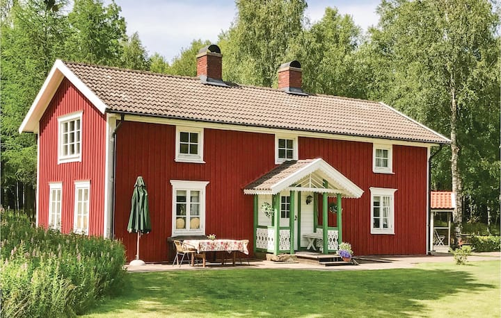 Holiday cottage with 2 bedrooms on 117m² in Unnaryd