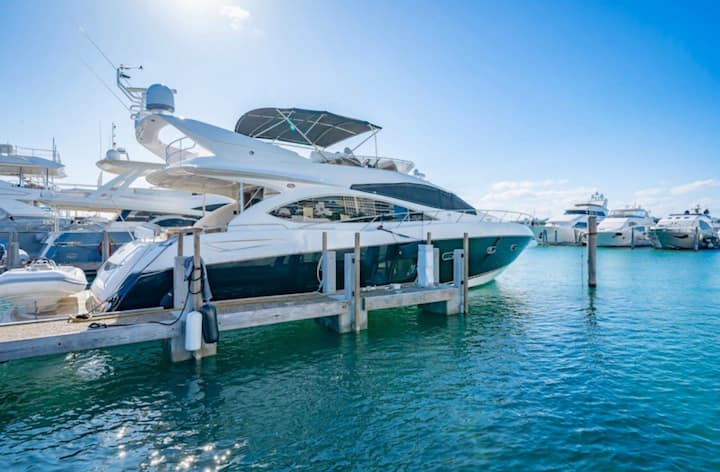 75 ft. Luxury Yacht for Miami Charter Rental!!