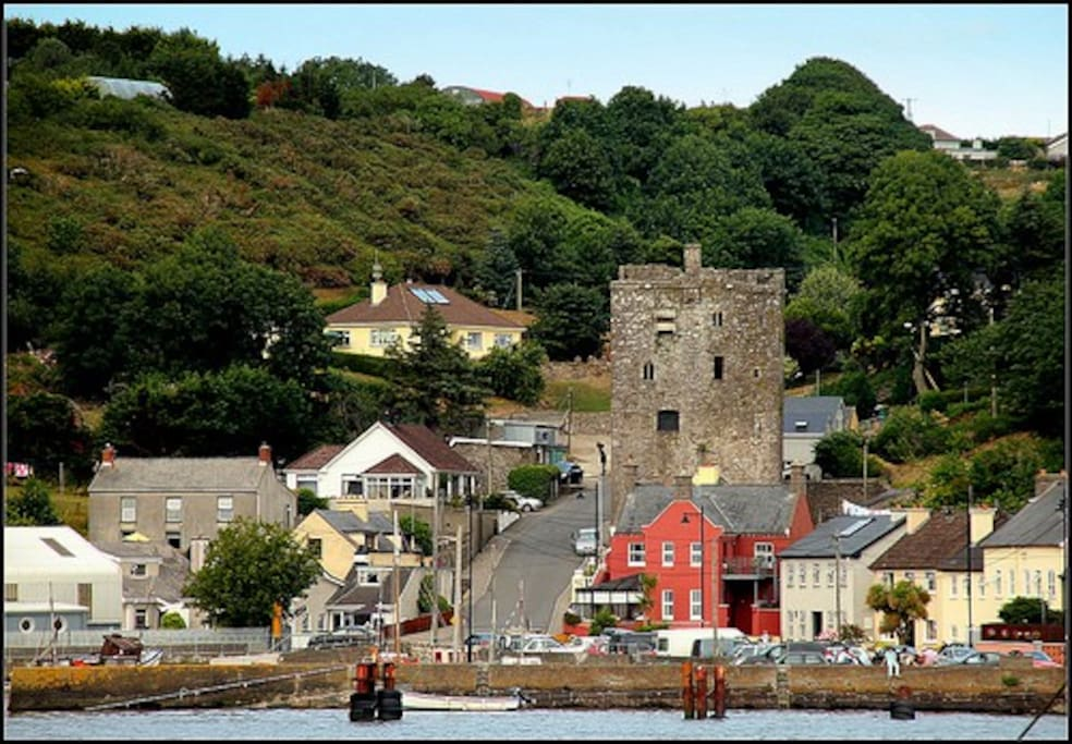 The CASTLE and the SCHOOLHOUSE are real symbols of Ballyhack