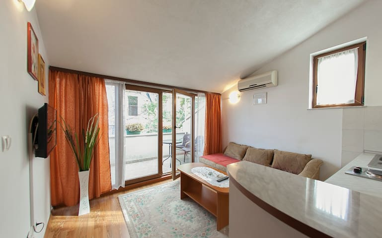 Apartment in the Old Town with the balcony - Mostar