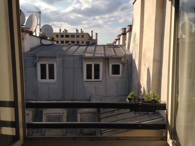 Charmant studio parisien pour deux personnes