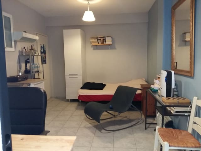 Studio in Thessaloniki-10min walk from city center